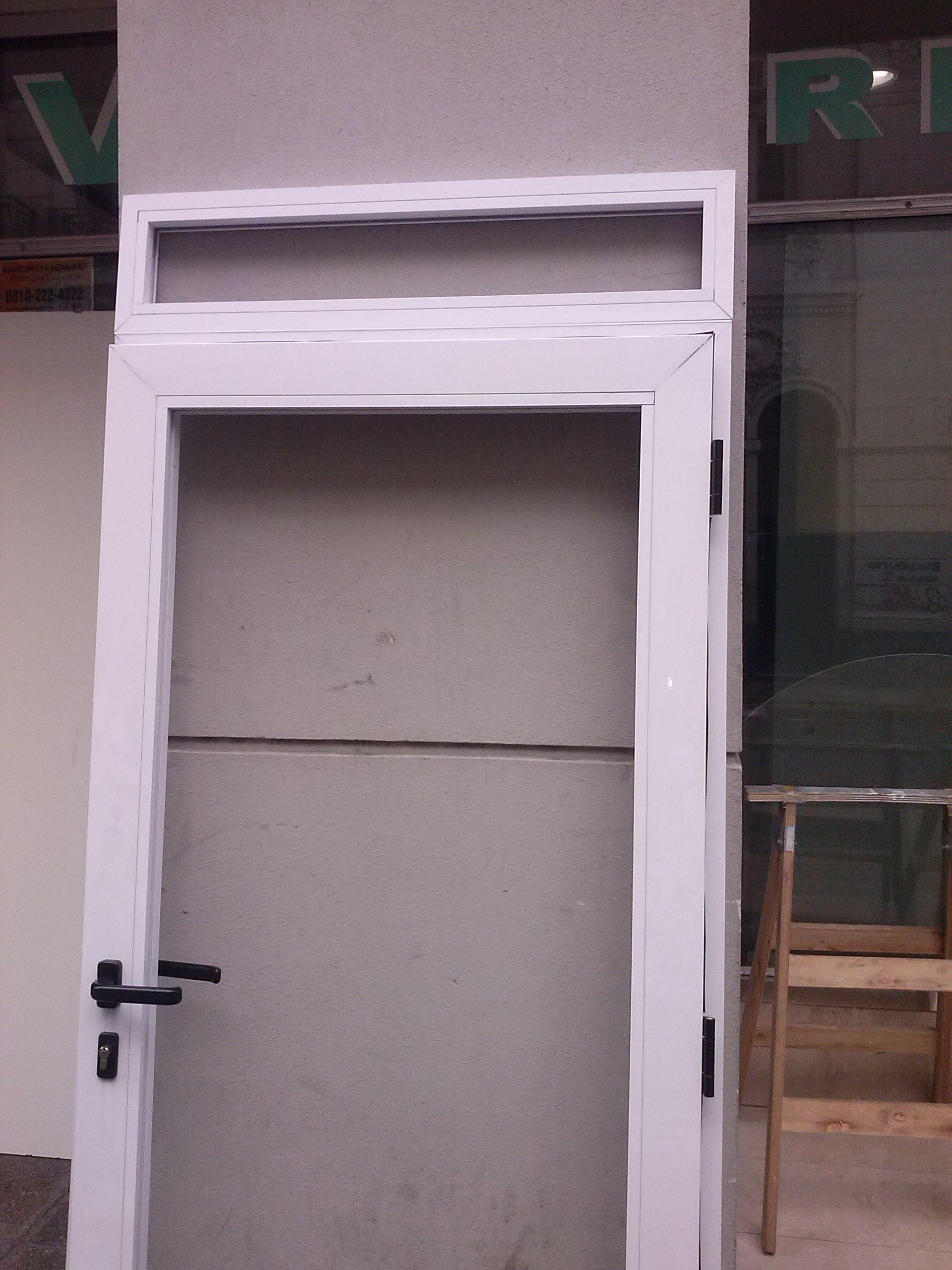 puertas en aluminio a medida